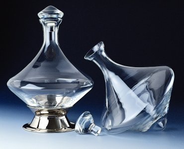 9110 Orbital Decanter with Silverplated Base and Crystal Stopper 60 oz